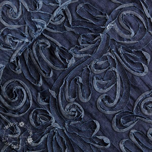 Let Denim med broderi lavet af jeansbånd (1)