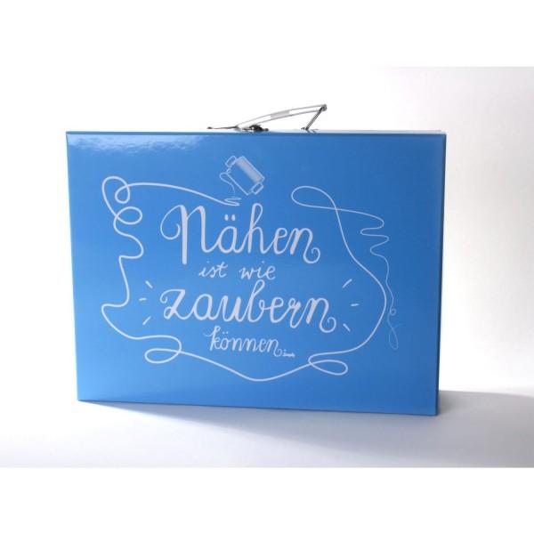 """Kuffert """"Nähen ist wie zaubern können"""""""