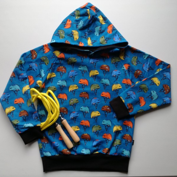 "Kids-Hoddie ""Skater Stuff"" str 128-134"