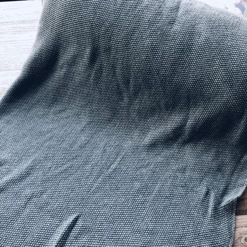 """Strikstof """"Mini Moss Knit"""" grå"""