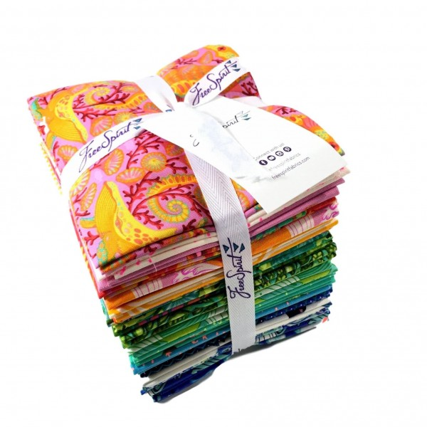 "Fat Quarter Bundle ""Zuma"" by Tula Pink"