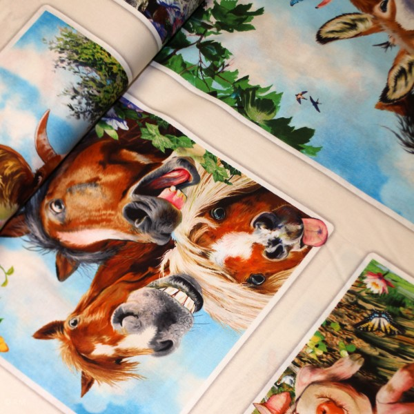 "55cm Bomuld-Panel ""Farm Selfies"" 1322 cream"